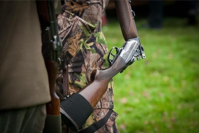 Jeden z mężczyzn zginął na miejscu, po strzale z broni myśliwskiej