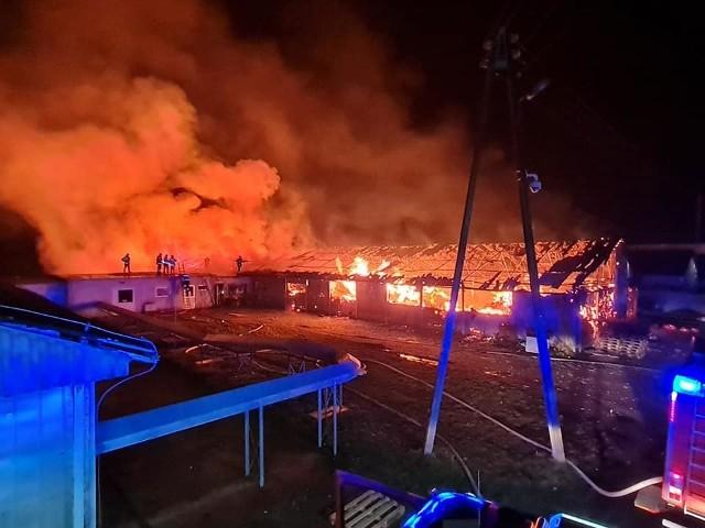 Wielki pożar we Włostowej w powiecie nyskim