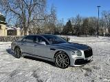 Bentley Flying Spur V8. Luksusowy sedan o wielu twarzach