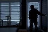 Okradziono dom na gdańskiej Żabiance. Złodzieje ukradli kosztowności i uciekli, gdy pojawił się jeden z domowników