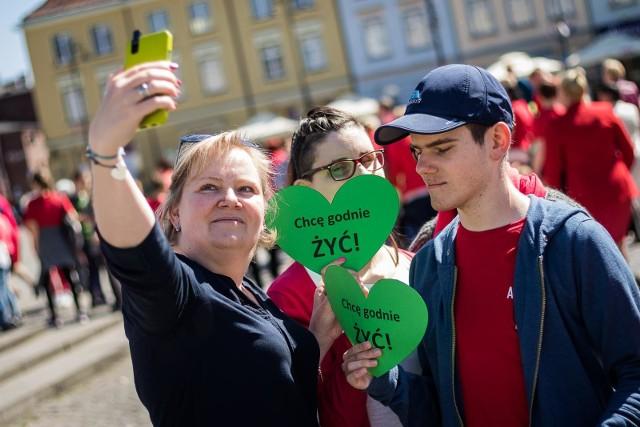 Opiekunowie i rodzice osób niepełnosprawnych protestowali w Bydgoszczy.