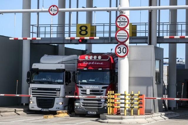 Zdaniem logistyków dużych firm, w tej chwili spory problem to m.in. przestoje na granicach UE.