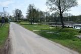 Grodzić czy nie grodzić przy jeziorze w Bobięcinie…(ZDJĘCIA)