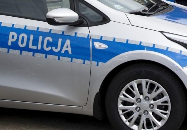 Z ustaleń policji wynika, że samochodem kierował 51-letni mężczyzna, mający ponad 3 promile alkoholu w organizmie.