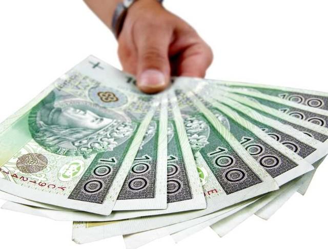 Na Wielkanoc wydamy średnio 400 złotych. Coraz częściej kupujemy z tej okazji prezenty