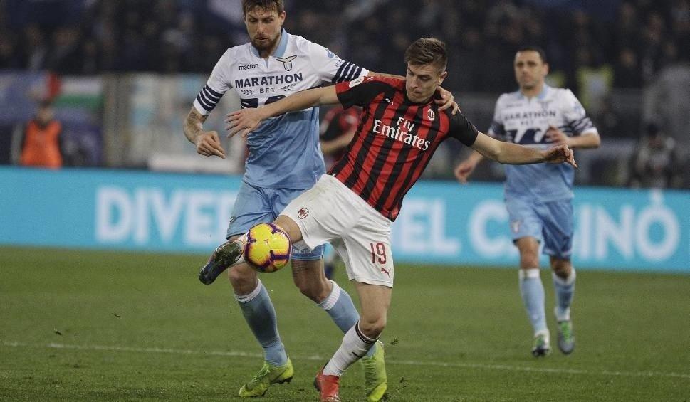 658e57854 Na zdjęciu: Krzysztof Piątek. Mecz AC Milan - Sassuolo, Serie A odbył się