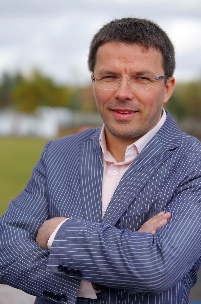 Tomasz Błaszak i jego firma z Wilkowic koło Leszna od wielu lat wspierają wielkopolski sport. Fogo jest także bowiem sponsorem tytularnym żużlowców Unii Leszno