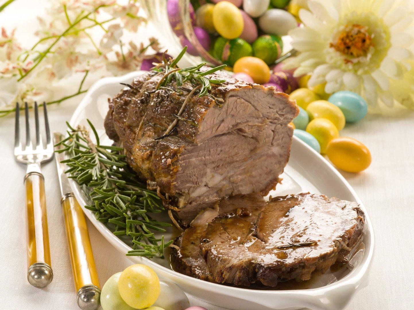 Wielkanoc 2019 Pomysly Na Wielkanocny Obiad Co Podac Na Swiateczny