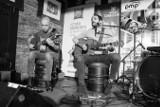 Włoska grupa Magasin du Cafe zagrała w Toruniu. Publika dobrze się bawiła w HRP Pamela [Fotoreportaż, Wideo]
