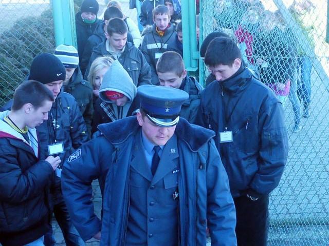 Gimnazjaliści zwiedzali aresztGimnazjaliści zwiedzali areszt