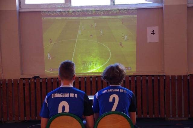 Turniej FIFA 2017 w Zespole Szkół Technicznych w Radomiu.