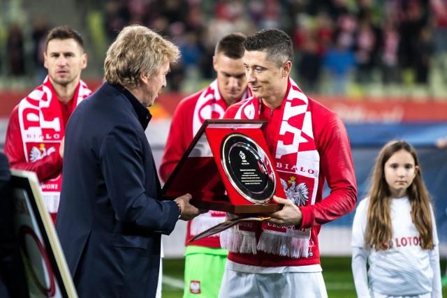 Robert Lewandowski (z prawej)