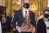 Relikwie Świętej Jadwigi w Sieradzu. Uroczystość w Bazylice Mniejszej ZDJĘCIA