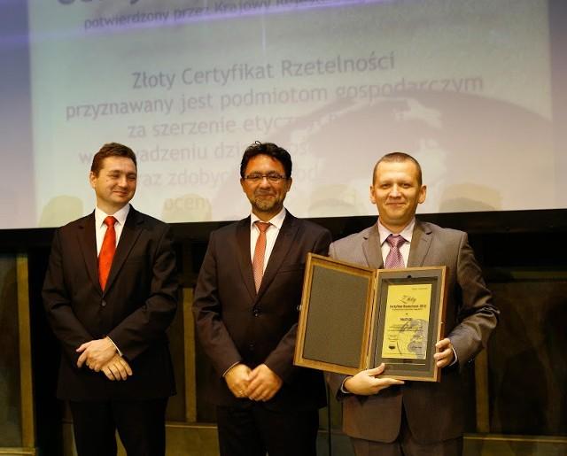 Multi Ice ze Złotym Certyfikatem Rzetelności 2012Radosław Charubin, właściciel i szef Multi Ice podczas gali wręczania  złotych certyfikatów organizowanej przez Krajowy Rejestr Długów BIG SA w Hotelu Marriott w Warszawie