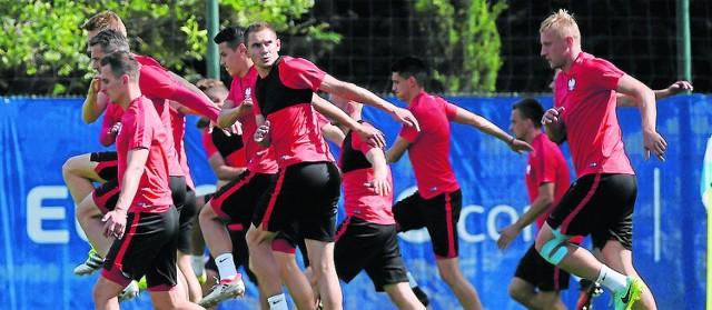 Biało-czerwoni bez żadnej presji przystąpią do czwartkowego spotkania z Portugalią. Stawka meczu jest wysoka, ale nikt nie ma zamiaru pękać. Nastroje w kadrze są bardzo dobre i to właśnie działa na naszą korzyść.