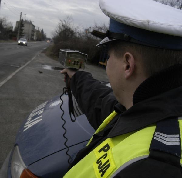Nie każdy wie, jakie przysługują mu prawa podczas spotkania z drogówką.