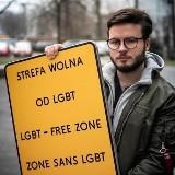 """Tuszów Narodowy pozywa Barta Staszewskiego. Za """"strefę wolną od LGBT"""""""