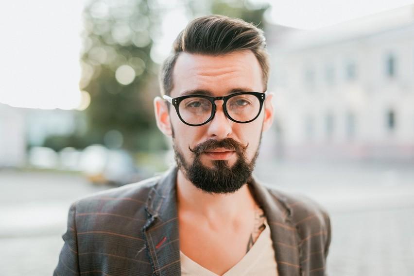 Łysienie plackowate a androgenowe – czym się różnią?