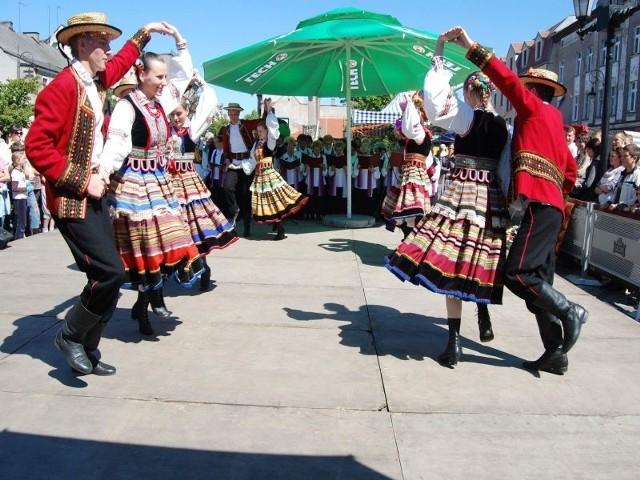 Zespół ubarwia swoimi występami wiele imprez zarówno w Nakle, jak i ościennych gminach.