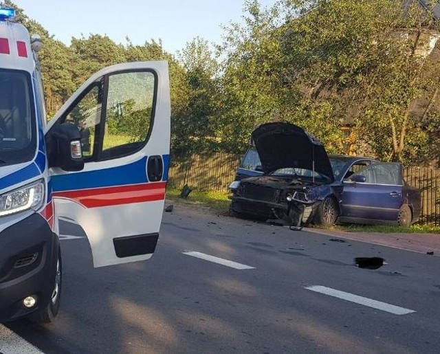 Wypadek w Karolewie. Zderzyły się dwa auta. 08.08.2019