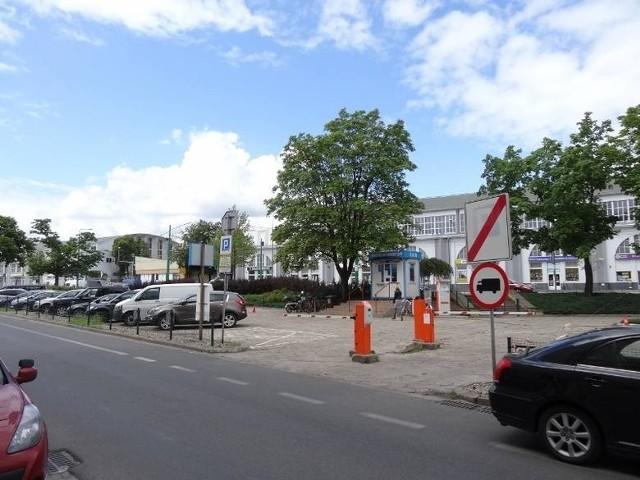 Miasto szuka chętnych na przejęcie parkingów buforowych
