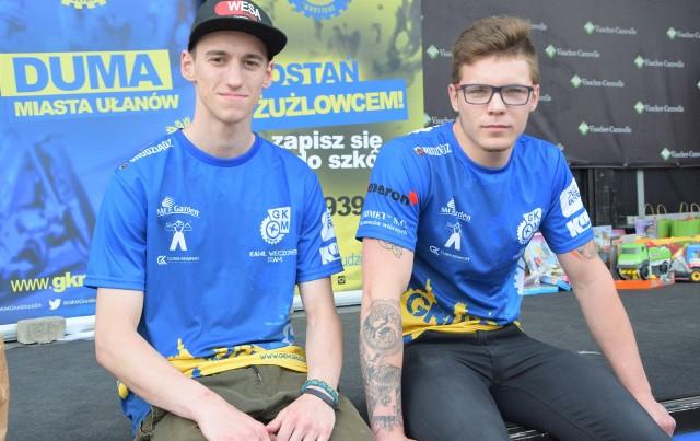 Kamil Wieczorek (z lewej) i Mike Trzensiok ciągnęli wynik drużyny młodzieżowej MrGarden GKM w rundzie półfinałowej DMPJ w Grudziądzu