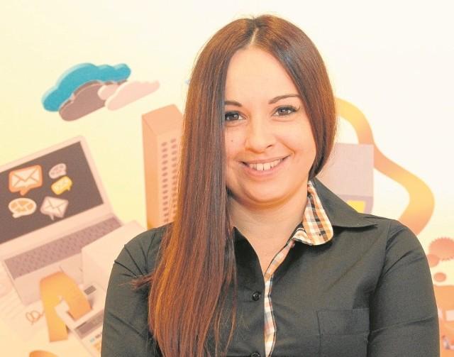 Magdalena Aleksander, Biznes Ekspert, Salon sprzedaży Orange, Poznań, Wierzbięcice 9