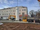 Przed szpitalem w Sulechowie stanęła nowa tlenownia. Instalacja już służy pacjentom