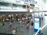 Ławica: Pasażer zmarł na lotnisku