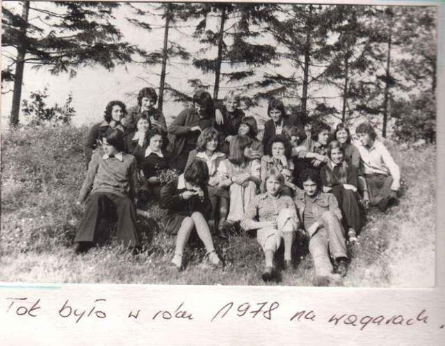 Jedno ze zdjęć z archiwum absolwentów sulęcińskiego ogólniaka – wagary w 1978 r.