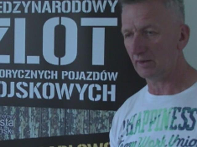 We wtorek w darłowskim ratuszu odbyło się spotkanie organizacyjne przez 18. Zlotem Historycznych Pojazdów Wojskowych, który w tym roku potrwa od 29 czerwca do 5 lipca w Darłowie.