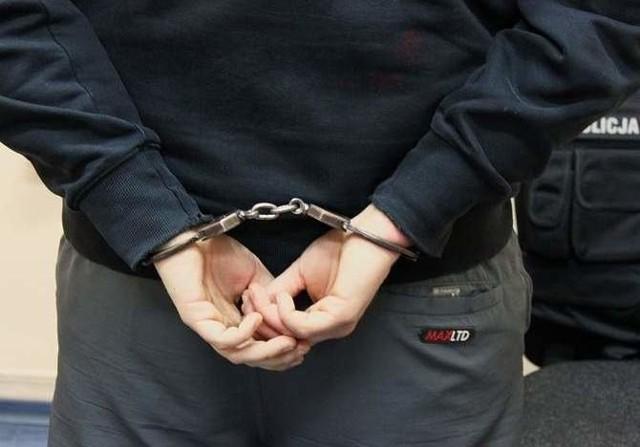 Pijany sprawca ataku na nastolatka już w rękach szczecińskich policjantów.