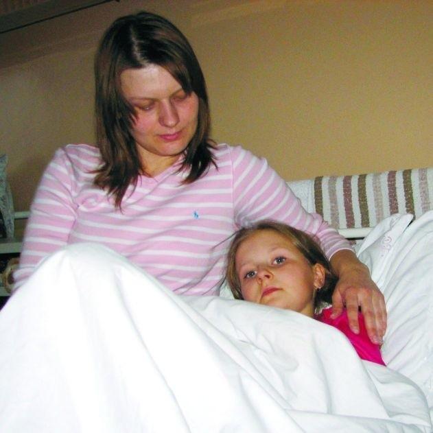 Karolinka czuje się dobrze i już nie może się doczekać powrotu do domu. – Dziękuję Bogu, że to się na tym skończyło – mówi mama dziewczynki