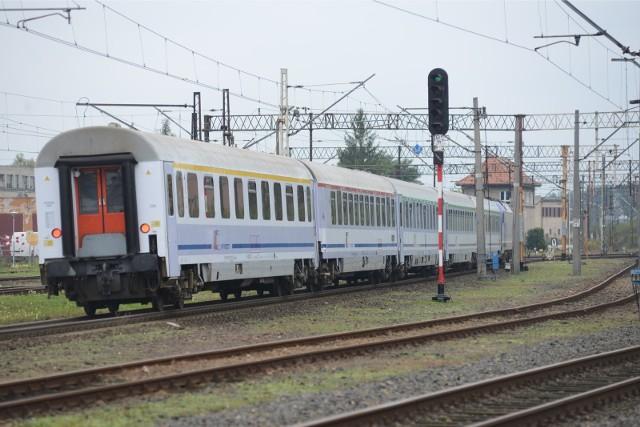 Już nie pojedziemy pociągiem z Żagania, Żar i Zielonej Góry do Warszawy!