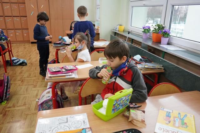 Przebieg Covid-19 u dzieci i młodzieży bywa ciężki