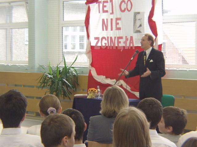 Rektor Nicieja więcej niż o historii mówił o konieczności kształcenia.