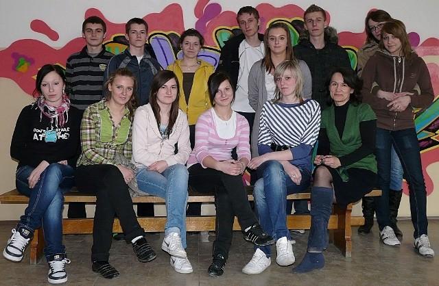 Uczniowie klas I-III z ZS 2, którzy wzięli udział w programie, w większości chcieliby wrócić do pracy w miejsca, które poznali podczas Dnia Przedsiębiorczości.