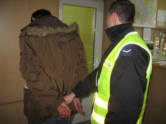 Jeden z zatrzymanych przez zwoleńską policję.