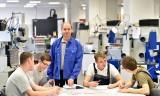 Jak szkoła może wspierać rynek pracy, a rynek pracy szkołę w rozwoju przyszłych pracowników?