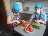 Kulinarne podróże w Broninie. Wychowankowie poznawali kuchnię grecką