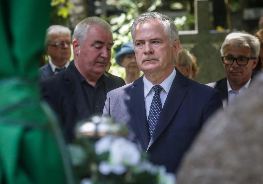 10. rocznica katastrofy smoleńskiej. Sławomir Rybicki o bracie Arkadiuszu Rybickim: Drugi pogrzeb nie powinien się wydarzyć