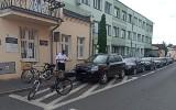 W Kruszwicy nad bezpieczeństwem mieszkańców czuwają policjanci na rowerach. Zdjęcia