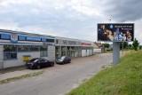 Przy ulicy Krakowskiej w Kielcach powstanie mini centrum handlowe! [ZDJĘCIA]