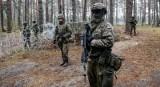 Żołnierze 21 Brygady Strzelców Podhalańskich skarżą się posłowi Grzegorzowi Braunowi. Chodzi o szczepienie przeciwko COVID-19