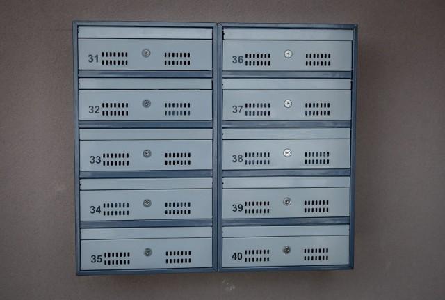 W blokach skrzynki pocztowe są. Ale czy w każdym domu jednorodzinnym również?