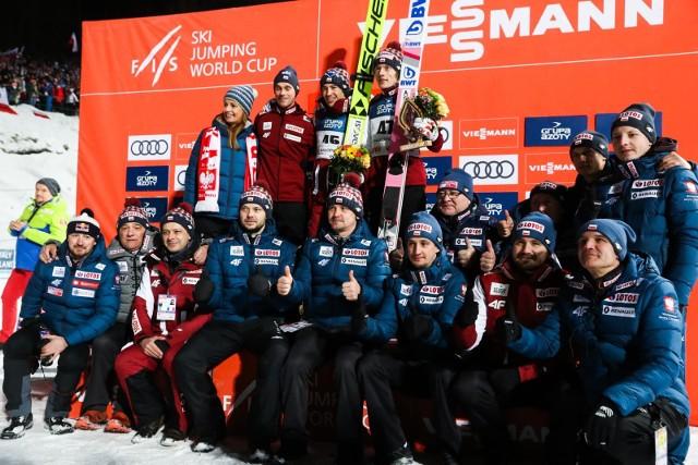 Skoki narciarskie dzisiaj - WYNIKI na żywo. Kto wygra skoki w turnieju RAW AIR?