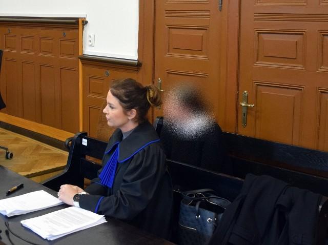 Oskarżona Małgorzata R.-W. ze swoją obrończynią