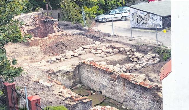 Tak prezentują się archeologiczne wykopaliska przy prawosławnej cerkwi przy ulicy Mickiewicza w Koszalinie