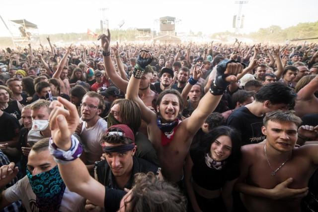Pol'and'Rock, podobnie jak niegdyś Przystanek Woodstock, słynie nie tylko z dobrej muzyki, ale też niepowtarzalnego klimatu i hippisowskiego charakteru. Program Pol'and'Rock Festival jest bardzo bogaty. Na Przystanku Woodstock będzie się można bawić z bardzo różnorodnymi artystami. Sprawdź program Pol'and'Rock Festival 2019, czyli dawnego Przystanku Woodstock.