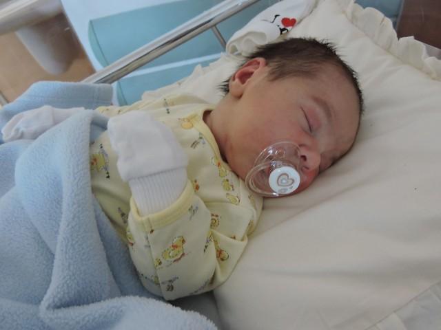 Antoni Milewski, syn Małgorzaty i Przemysława z Gowork, urodził się 24 maja. W chwili urodzin ważył 4200 g i mierzył 58 cm. W domu na brata czekała 1,5-roczna Alicja.